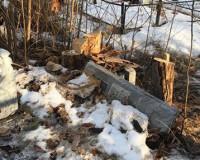 Бывший заключенный разгромил могилы на кладбище в районном центре