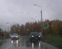 Автоледи катается по встречке в Соловьиной роще (видео)