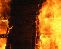 Для сирот, потерявшим мать в пожаре, собирают помощь