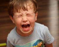 Несовершеннолетний смолянин не захотел видеться с отцом, добившимся общения с ребенком через суд