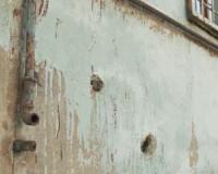 Видео: В Смоленске комиссия из мэрии втихаря признала дом аварийным