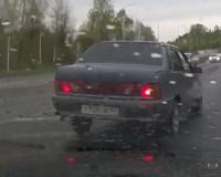 Спешащий автомобилист подрезал смолянин (видео)