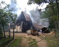 Неисправность проводки привела к пожару в дачном доме (фото)