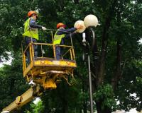 В парках и скверах Смоленска обновили светильники