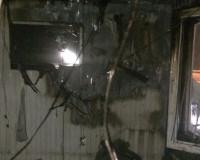 В Смоленской области загорелся шиномонтаж (фото)