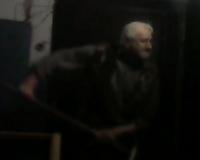 Неадекватный пенсионер с лопатой напал на жителя Смоленской области (видео)