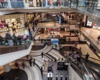 4-летний мальчик упал со второго этажа в одном из торговых центров Смоленска