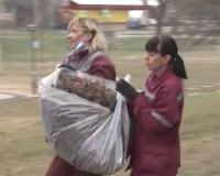 Видео: Тщательность уборки дворов управляющими компаниями будут проверять смоленские власти