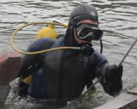 Тело 19-летнего смолянина выловили водолазы