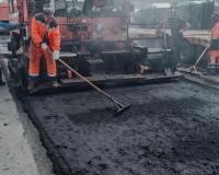 В Смоленске продолжают ремонтировать дороги (фото)