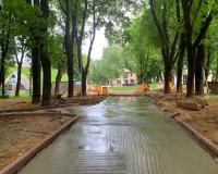 Реконструкция сквера за кинотеатром «Октябрь» продолжается