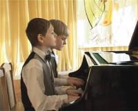 Двое смоленских музыкантов удостоены сразу шести наград