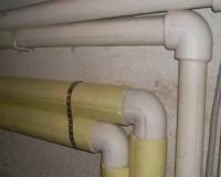 Для предотвращения появления сосулек в смоленских домах изолируют трубы
