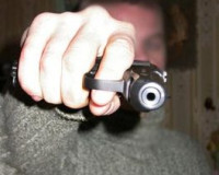 Житель Смоленской области случайно выстрелил себе в голову из «ТТ»