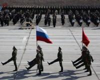 Знамя Победы по Красной площади пронесет смолянин