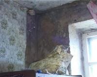Жители одного из домов Ельни борются за нормальные условия проживания