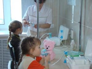 В Смоленске для лечения дыхательной системы используют ингалятор