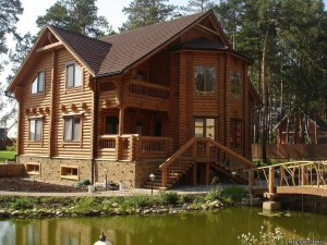 Строительство домов из дерева в г. Смоленске: плюсы природного материала