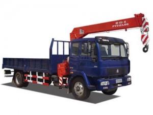 Удачный гибрид грузовика и крана – кран манипулятор решит многие задачи