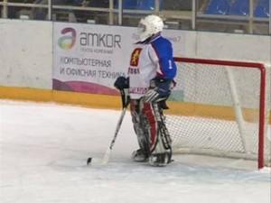 Турнир по хоккею среди ветеранов состоялся в Смоленске