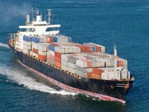 Морские международные перевозки грузов: плюсы и минусы