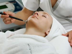 Какую роль в жизни человека играют косметология и пластическая хирургия