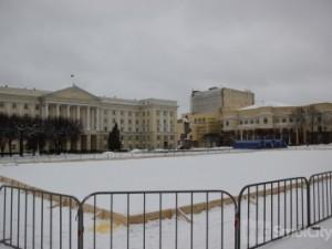 Открывается каток на площади Ленина