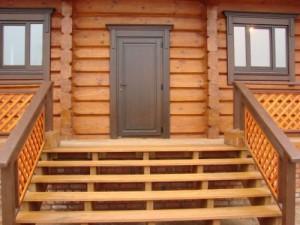Характеристика деревянных входных дверей
