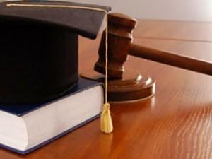 Как выбрать юриста?