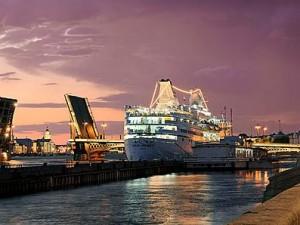 Туристическая поездка в Санкт-Петербург должна быть разнообразной!