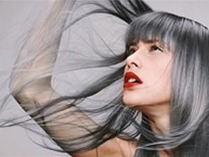 Как бороться с ранней сединой и выпадением волос