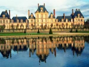 Замок Фонтенбло — любимое место охоты королей Франции