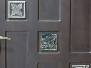 Свой бизнес: Изготовление и установка дверей