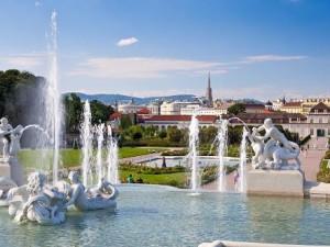 А почему бы не купить авиабилеты в сказочную Вену?