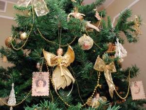 6 вариантов оформления новогодней елки