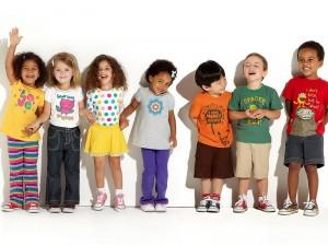 Особенности при выборе детской одежды