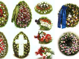 Венок на похороны как последний подарок умершему человеку