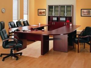 Мнение специалиста по офисной мебели – вникаем в суть вопроса