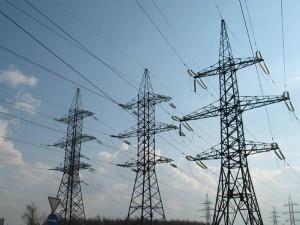 Почти 800 миллионов рублей задолжали жители Смоленска за электроэнергию