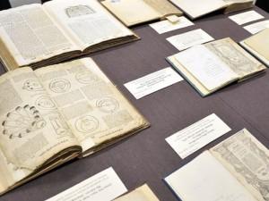 Смоленскую коллекцию еврея Шнеерсона выставят в Москве