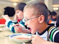 Бюджет Смоленска «не потянул» бесплатное питание старшеклассников