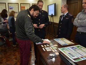 Смоленские полицейские рассказали, как отличить поддельный алкоголь