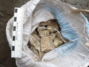 Пять килограмм тротила, части винтовок, гранату и марихуану изъяли у смолянина
