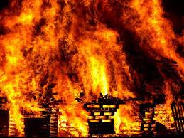 Поджог мог стать причиной возгорания в квартире