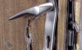 В Смоленской области вор забыл ключи от своей квартиры на месте преступления