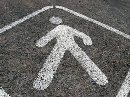 В Смоленске на улице Гарабурды Ford Mondeo сбил 68-летнего пешехода