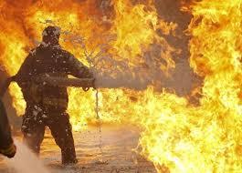 Поджог стал причиной пожара в гараже в Смоленской области