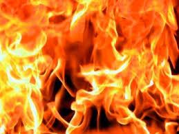 Пожар произошел ночью в Ярцево Смоленской области