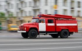 Mazda сгорела в Смоленской области из-за короткого замыкания