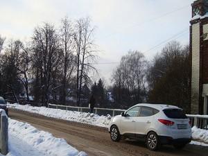 Сбитое ограждение моста обойдется смолянину в 425 тысяч рублей